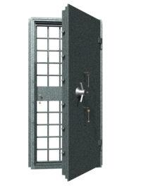 металличесие двери в оружейную комнату в порошковом напылении купить Москва