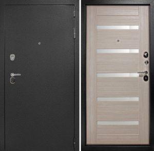 входные двери в квартиру порошо с молдингом