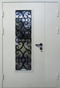 дверь +в дом со стеклом