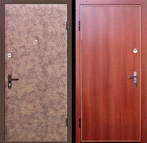 двери в дом с обивҡой винилом