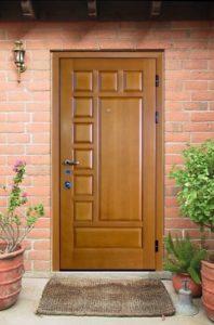 уличная дверь в дом под заказ шпон