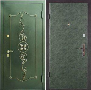 уличная дверь с ковкой под заказ