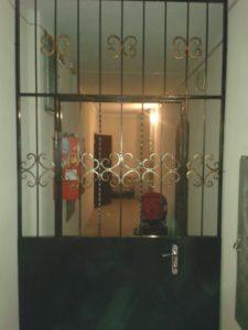 решетчатые двери на лестничную площадку от производителя